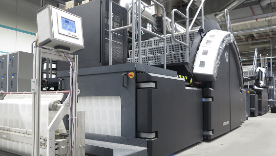 Europe's first Quantum digital printing press at the CPI Clausen & Bosse works in Leck