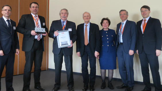 From left to right: Christoph Kuchenbecker, Torsten Wagner and Werner Wagner from Wagner Group GmbH, with Dr. Karl Busch, Ayhan Busch, Sami Busch and Kaya Busch