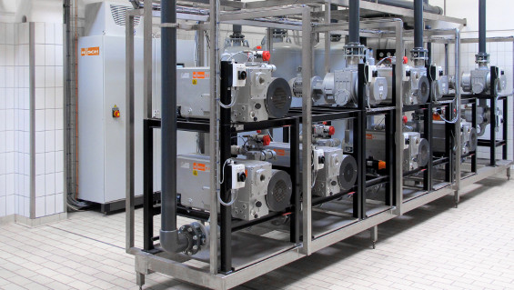 Busch central vacuum system for supplying several packaging machines at a food manufacturer. In this case, centralizing the vacuum supply resulted in an annual energy saving of 100,000 kW/h.
