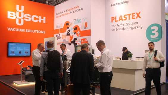 Busch's latest vacuum solutions for plastics processing were met with great interest at the K 2019 trade show. Image: Busch Dienste GmbH
