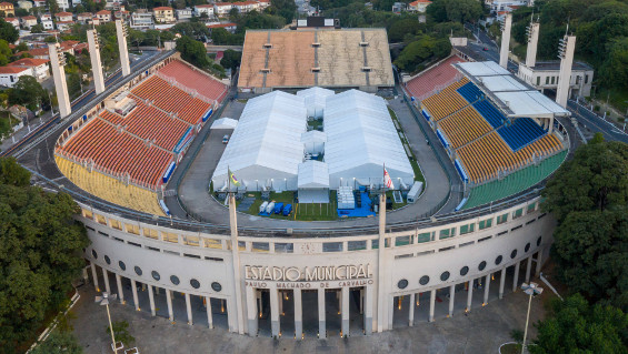 The Pacaembu Stadium in Sao Paulo, built in 1938, was converted into a field hospital for 2,800 corona patients within a few days. Image: Fotoarena/Imago Images